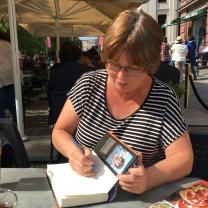 Monika signerte bok til meg
